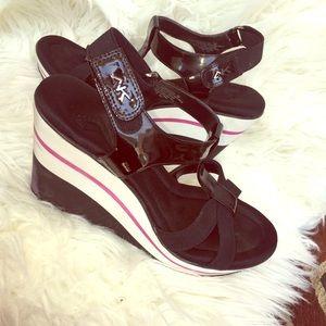 Women's Sport Wedged Heel Sandals.